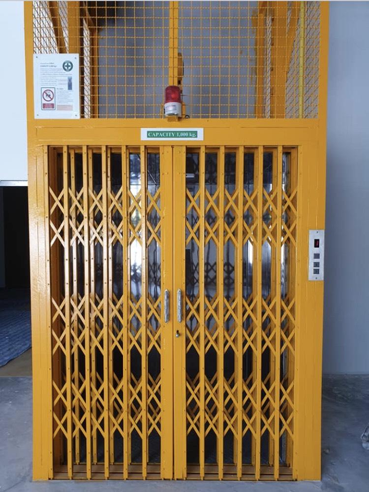 ลิฟท์ในโรงงานอุตสาหกรรม